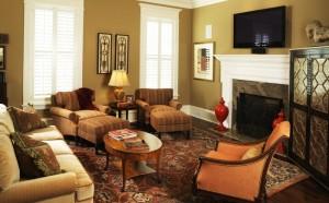 leslie newpher interiors family living room