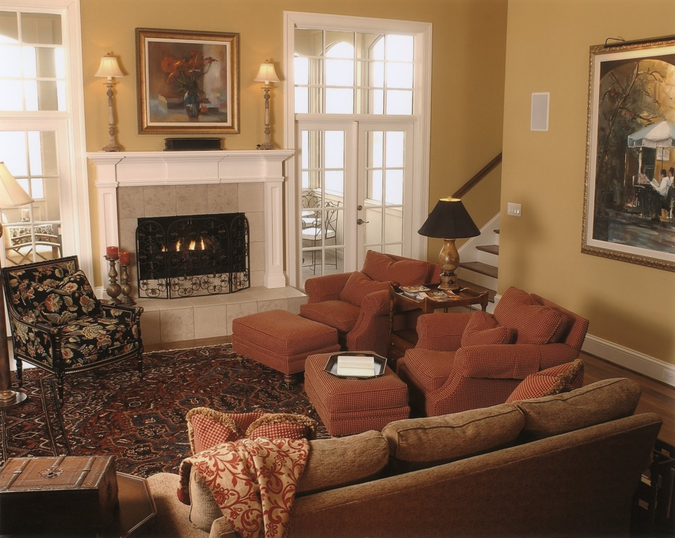 leslie newpher interiors family living room